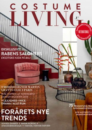 Costume Living / Costume Living / January 2018