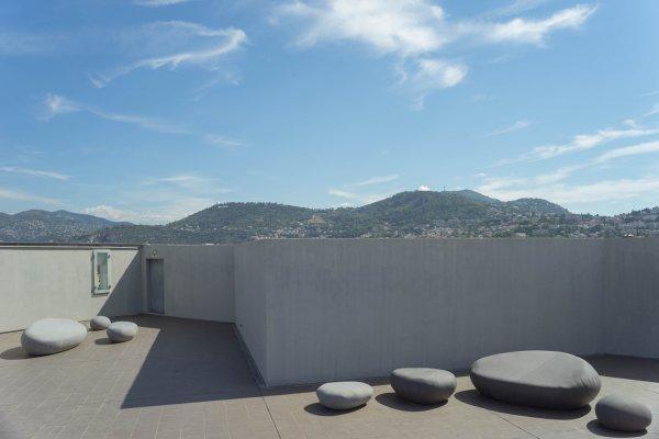 musée d'art moderne et d'art contemporain - néolivingstones 2